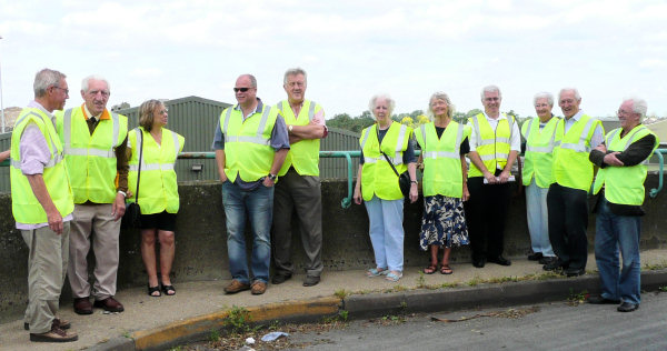 West Waste - Twickenham Society Group. Photo © Yvonne Hewett